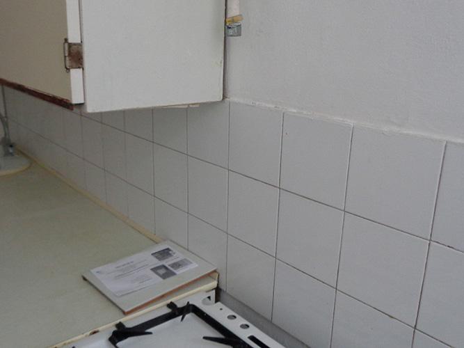 Másfél szobás váci távfűtéses panellakás gáz